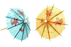 Parasols make attractive wedding accoutrements and can also be used in home decor. Larger parasols can be used over smaller bistro tables as patio umbrellas. You can make large paper parasols to complement your event simply and inexpensively. Chinese New Year Decorations, New Years Decorations, Umbrella Template, Origami Umbrella, Grand Parasol, Diy Paper, Paper Crafts, Japanese Party, Cocktail Umbrellas