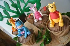 Rustic Winnie the Pooh 1st birthday party via Kara's Party Ideas KarasPartyIdeas.com #winniethepooh #firstbirthday #winniethepoohparty #karaspartyideas (19)