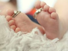 Cute baby photo idea. I wish I had done this in the NICU