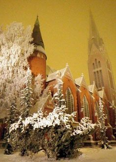 Mikaelin kirkko, Turku, Finland My wedding church Winter Sky, Winter Scenery, Beautiful Winter Pictures, Grave Monuments, Turku Finland, Michael Church, Snow Pictures, Scandinavian Countries, Midnight Sun