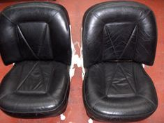 Leather restoration, recolouring & colour change kit to dye leather. Used to restore or colour change leather car interior, upholstery, furniture and all other items of leather. Leather Furniture Repair, Leather Repair, Leather Restoration, Furniture Reupholstery, Car Hacks, Kit, Step Guide, Studying, Cleaning Tips