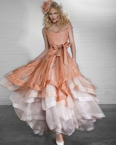 Vivienne Westwood, colour wedding dress