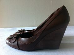 New FIONI Women's Brown Buckled Heels Pumps Shoes Size 8 #Fioni #PlatformsWedges