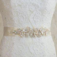 Bridal sash, Champagne crystal Wedding dress belt unique Ivory Bridal floral sash ribbon, shabby rustic vintage accessory, lace rhinestone