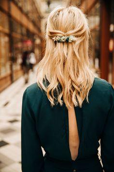 Muslimah Fashion Tips .Muslimah Fashion Tips Petite Fashion Tips, Fashion Tips For Women, Wedding Hairstyles, Cool Hairstyles, Good Hair Day, Hair Trends, Hair Inspiration, Hair Clips, Short Hair Styles