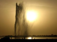 #JeddahFountain is the tallest water fountain in the world. Located in #SaudiArabia, the tower shoots water taller than the Eiffel Tower - www.plumbingplus.net