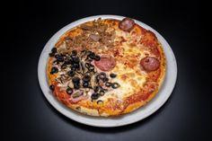 Pizzerie | Bella Italia Romania Bolognese, Pepperoni, Romania, Vegetable Pizza, Vegetables, Food, Vegetable Recipes, Eten, Veggie Food
