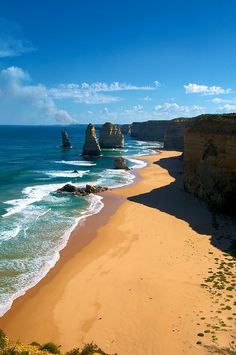 March 30th, 2014 Place to go The Twelve Apostles | Victoria, Australia //