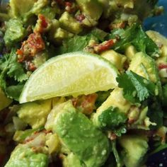 Sun-Dried Tomato & Chipotle Guacamole (from Hispanic Kitchen) Chipotle Guacamole, Guacamole Recipe, Chile Colorado, Tamales, Chorizo, Mexican Food Recipes, Healthy Recipes, Mexican Cooking, Pork Recipes