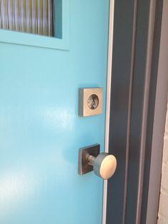 emtek modern round door knob with modern rectangular rosette