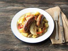 Kipmerguez met ovengroenten en gebakken aardappelen