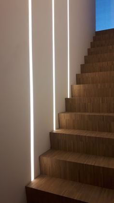 Interesting 20 design ideas for the interior lighting of stairs for your home fikriansy . - Interesting 20 design ideas for the interior lighting of stairs for your home fikriansy …, - Staircase Lighting Ideas, Stairway Lighting, Staircase Wall Decor, Railing Ideas, Home Stairs Design, House Design, Stairs Light Design, Gym Design, Wall Design
