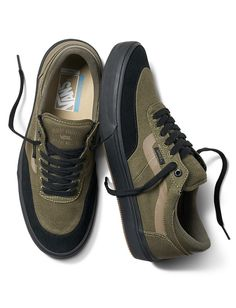 38a52c402c358a Buy Vans Gilbert Crockett 2 Pro Skate Shoes online. Blue Tomato