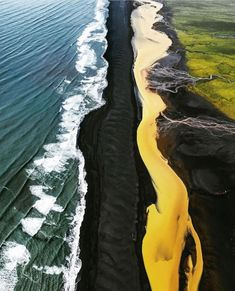 Iceland, where you can see the blue ocean, black beaches, a yellow river and green fields Yellow River, Nature Landscape, Green Lake, Green Fields, Black Sand, Nature Images, Land Scape, Scenery, Around The Worlds