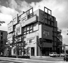 chicagoarchitecturebiennial:  Disturbing the Grid: Stanley...  #architecture #design #modern Pinned by www.modlar.com