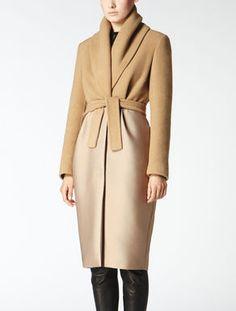 Pure camel coat