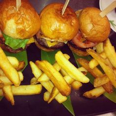 Need a little inspiration for dinner tonight? Check out Four Seasons Reort Lanai's Chef Junior Ulep's Mini Chedder Burger Sliders, featured at The Lodge at Koele...and take a look at those artfully stacked fries!