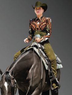 Green horsemanship outfit