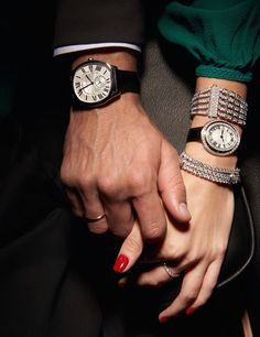 138 best couple hand's pic for dpz images in 2017 Best Couple Pictures, Hand Pictures, Couple Photos, Classy Couple, Love Couple, Couple Goals, Couple Dps, Vogue Photography, Couple Photography