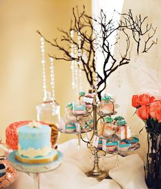 "Tres Shabby Chic"" Baby Shower Brunch // Hostess with the Mostess®"