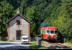 RailPictures.Net Photo: X 2844 SNCF X 2800 at Aubusson, France by Jean-Marc Frybourg