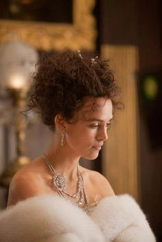 Keira Knightley in costumes by Jacqueline Durran in Anna Karenina, 2012 Keira Knightley, Keira Christina Knightley, Anna Karenina Movie, Grunge, Romance Movies, Fashion Tv, Cute Woman, Costume Design, Marie