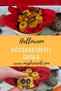 Gugl aus Süsskartoffeln (anstelle Kürbis) für Halloween: diese kleinen #Gugl-#Monster sind für kleine Kinder und die ganze Familie an einer #Halloweenparty ein Genuss. Einfach und schnell für Mamas mit wenig Zeit. Das #Rezept auf dem Blog. Gugls sind übrigens kleine Gugelhöpfe. Gesüsst wird nur mit #Kokosblütenzucker