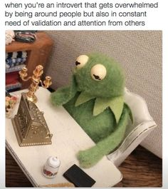 Kermit the frog 420 Memes, Dankest Memes, Funny Memes, Hilarious, Miss Piggy, Funny People Quotes, Funny Quotes, Humor Quotes, Sapo Kermit