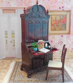 Renwal SEWING MACHINE Plasco CHAIR Vintage Tin Dollhouse Furniture Plastic 1 :16 | Dollhouse Furniture, Vintage Tins And Dollhouses