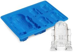 Global Zombie - R2-D2 - Ice Tray, $9.49 (http://www.globalzombie.com/r2-d2-ice-tray/)