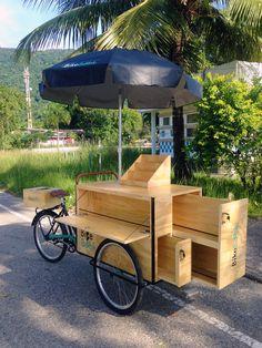 Mobile Kiosk, Mobile Shop, Mobile Fashion Truck, Mobile Coffee Shop, Food Cart Design, Mini Cafe, Wood Bike, Kiosk Design, Coffee Carts
