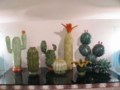 A set of eight Ceramic  cactus image 3