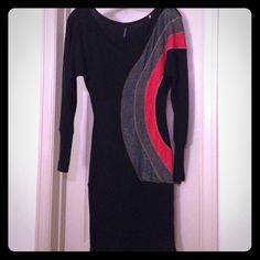 Dress Black dress with blue, purple, and red accents. Light weight material, soft, tight at wrist and bottom, PLEASE MAKE OFFER/BUNDLE for further discount😊 Double Zero Dresses Long Sleeve