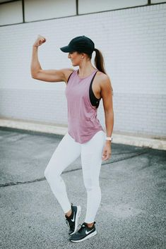 Weekly workout routine: staple athleisure a southern drawl Legging Outfits, Athleisure Outfits, Leggings Fashion, White Leggings Outfit, Brown Leggings, Purple Leggings, Cute Workout Outfits, Workout Attire, Workout Wear