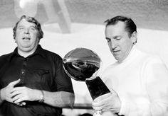 Super Bowl XI -- Oakland Raiders 32, Minnesota Vikings 14  JAN. 9, 1977 (Rose Bowl, Pasadena, Calif.) -- Coach John Madden, left, and owner Al Davis of the Oakland Raiders display the Super Bowl trophy after the Raiders' 32-14 victory over the Minnesota Vikings. (AP Photo)