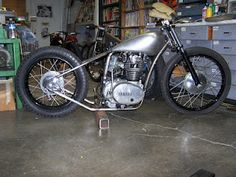 XS 650 - building a bobber out of ours