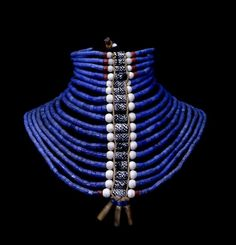 Dinka beaded necklace, made in South Sudan   The British Museum Collier  Perle, Bijou fbc9cc489a4