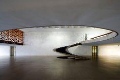 The exquisite stairs designed by Brazilian architect Oscar Niemeyer for the Ministerio de Asuntos Exteriores, Brazilia.