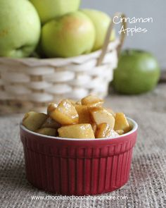 Cinnamon Apples Ingredients  2 large apples (tart apples like granny smith work best) 1/4 cup brown sugar 2 teaspoons cinnamon 1 teaspoon fl...