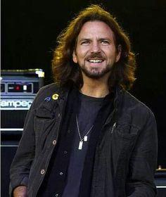 Eddie Vedder favorite singer of all time love him