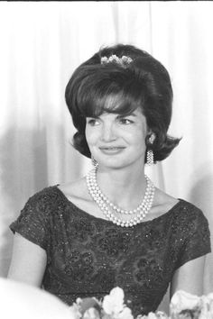 acqueline Lee Bouvier  Official White House portrait, 1961 First Lady of the United States In office January 20, 1961 – November 22, 1963.July 28, 1929 – May 19, 1994).♛❤♥❤♥❤♛   http://en.wikipedia.org/wiki/Jacqueline_Kennedy_Onassis