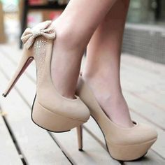 Heels, tan with cute bow  Would be great with blue jeans & hot pink sweetheart neckline sleeveless blouse A favorite repin of VIPFashionAustralia.com Visit site to access BUY 1 GET 1 FREE SHOE SALE ON ALREADY DISCOUNTED DESIGNER SHOES!!!  ON NOW!
