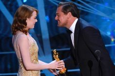 Awh! Would you look at that? Leonardo DiCaprio and Emma Stone kind of got together when he handed Emma her Academy Award on Sunday evening. It's such a shame 'La La Land' and Ryan Gosling, both missed out for 'Best Picture' and 'Best Actor', respectively. #AcademyAwards2017