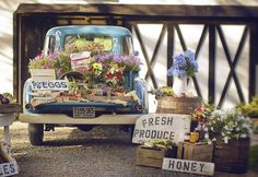 Farmers Market in A Truck http://www.stylemepretty.com/gallery/photo/78150