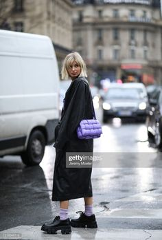 Xenia Adonts is seen wearing a Bottega Veneta bag outside Stella McCartney show during Paris Fashion week Womenswear Fall/Winter Day Eight on March 2020 in Paris, France. Get premium, high resolution news photos at Getty Images Casual Winter Outfits, Cool Outfits, Fashion Outfits, Thrift Store Outfits, Diy Fashion Hacks, Clothing Hacks, Grunge Outfits, Bottega Veneta, Couture Fashion