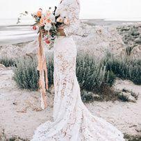 Pinterest : 40 robes de mariage pour se marier à la fin de l'été Une robe de mariée 100% dentelle