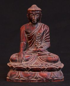 A perfect antique Buddha statue that can be purchased at a very reasonable price and be used in your room or working place. 18.5 cm high and 14 cm wide wooden Buddha statue will not occupy larger space. This statue is from middle 20th century - Mandalay period. #Mandalay #Buddha #Statue #Bhumisparsha #Mudra #Burma #Antique #Wood #Wooden #MandalayPeriod #BuddhaStatue #Buddhist #Buddhism #BuddhistArt #Burmese #BurmeseArt #Art #AntiqueBuddha #AntiqueBuddhaStatues