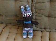 Mi mundo de baldosas amarillas: Conejito hecho con calcetín (sock toy)