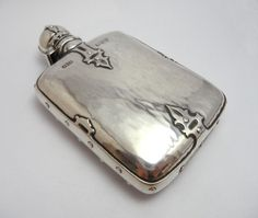 This Silver Hip Flask will be a gift from Jack to his Best Man & Groomsman for standing up in his Wedding. Blood Hunter, Bridesmaid Boxes, Bridesmaids, Critical Role Characters, Arcane Trickster, Critical Role Campaign 2, Groomsman Gifts, Rwby, In This World