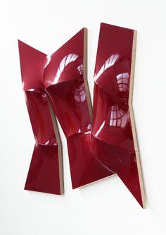 JAN MAARTEN VOSKUIL Peter Blake gallery  Laguna Beach  Automotive lacquer on linen 53 x 53 x Metal Texture, Dutch Artists, Modern Sculpture, Red Aesthetic, Wall Sculptures, Cool Artwork, Abstract Art, Art Pieces, Artsy